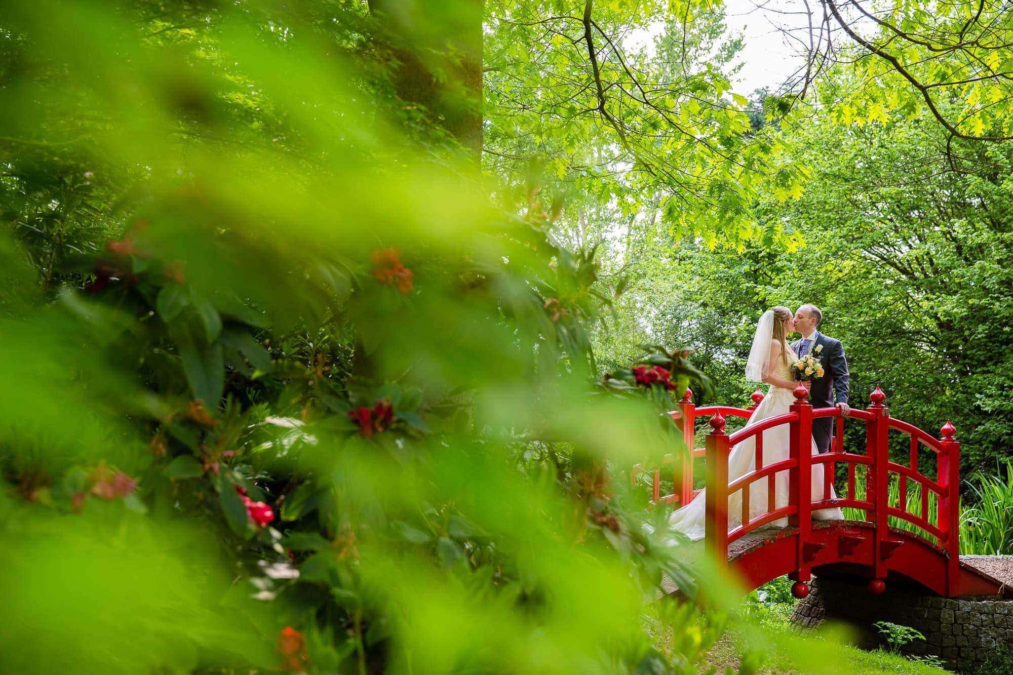 Rivervale Barn Wedding Photographer | Laura & Nick