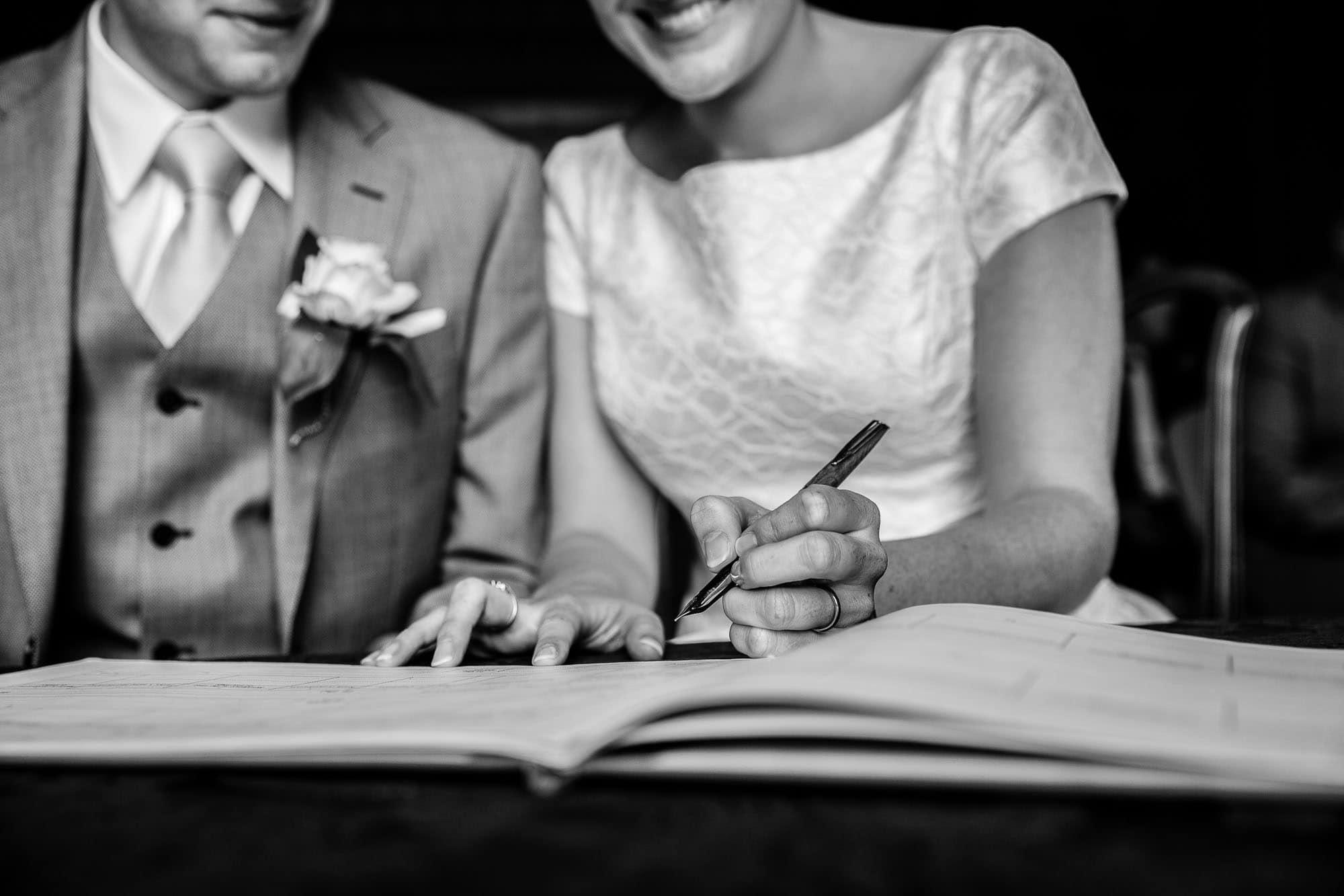 Clandon Park Wedding Photographer 52 5616