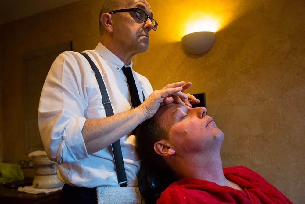 Face Massage After Wet Shave - Old Thorns Wedding