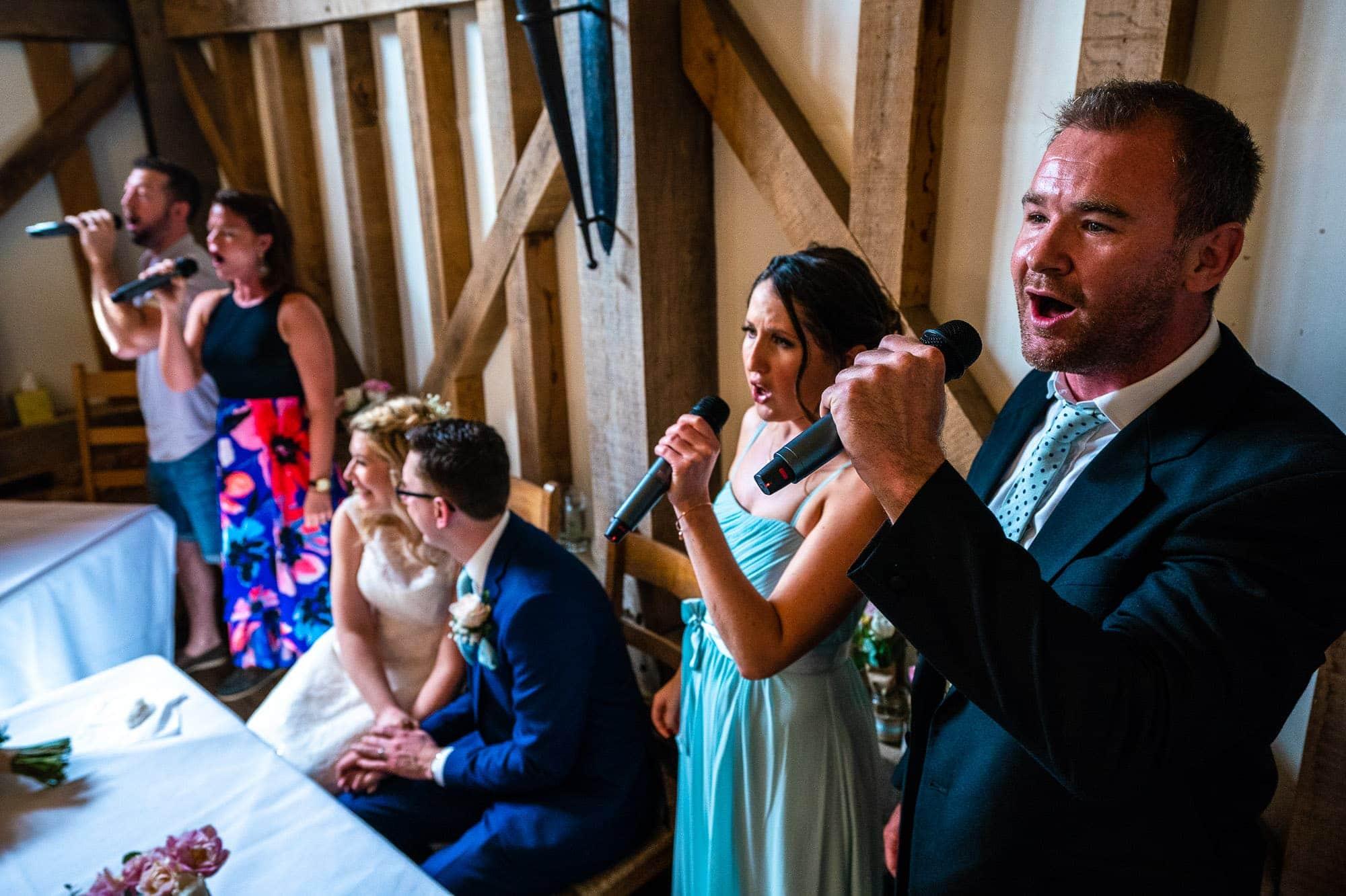 Gate Street Barn Wedding Photography - Wedding Singers