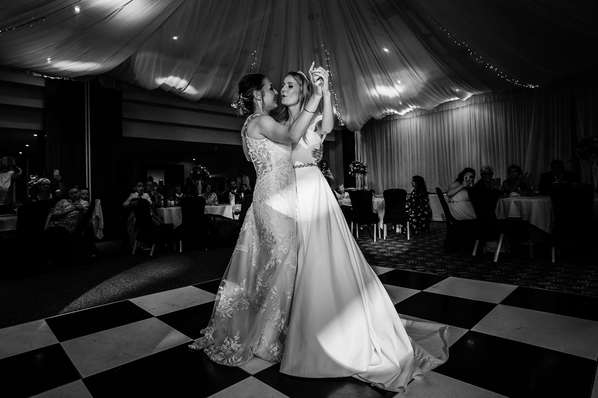 Norton Park Wedding Two Brides 89 1666