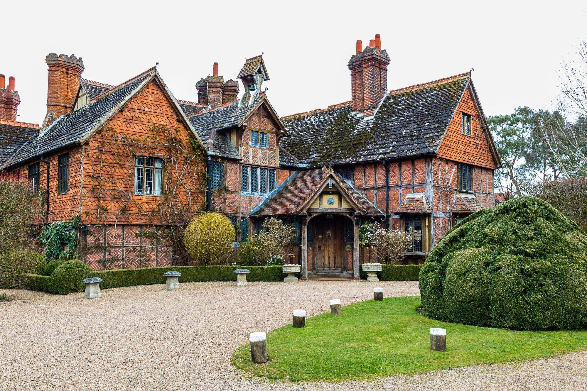 Langshott Manor Wedding Photography | Zara & Alastair