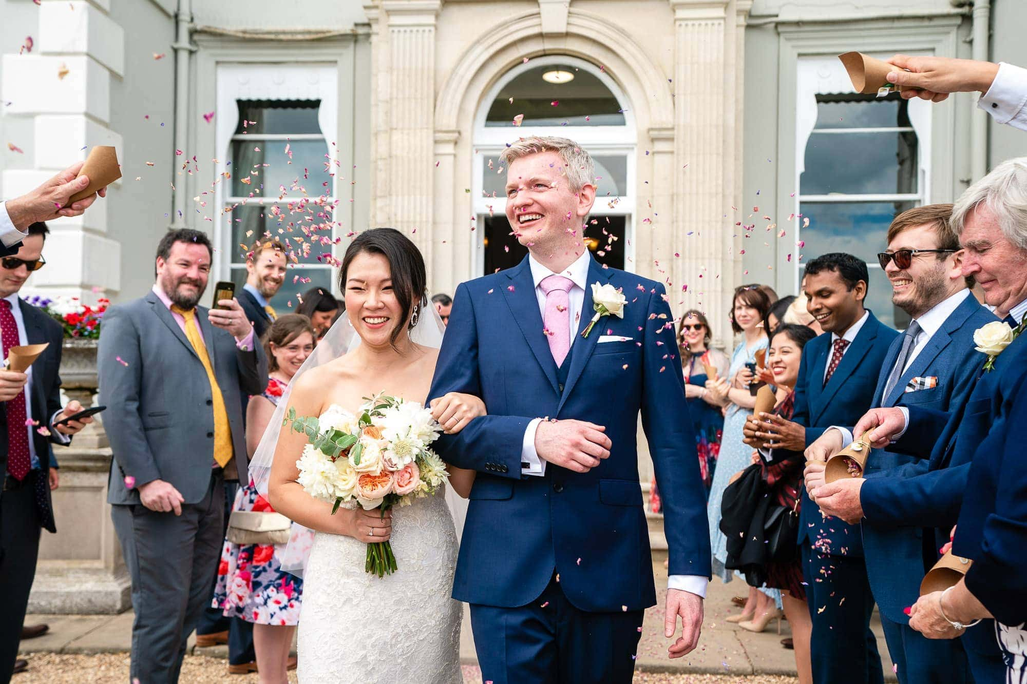 Confetti Throw De Vere Wokefield Estate wedding