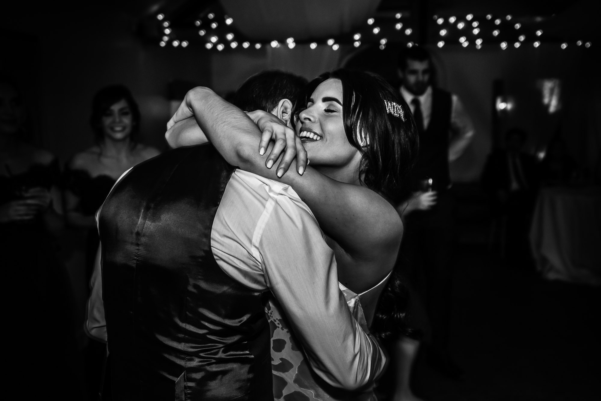 First Dance by Hampshire Wedding Photographer Paul Tansley